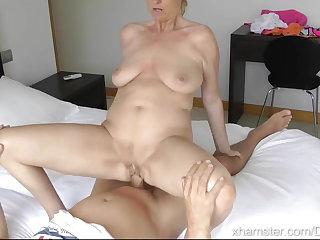 γυμνό μοντέλο πρακτορείο